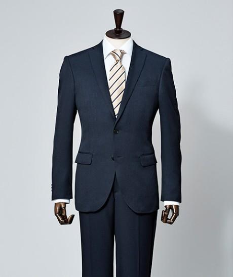 <紳士ストレッチスーツ>出典:西友